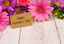 Celebrate Mom with a custom eCard